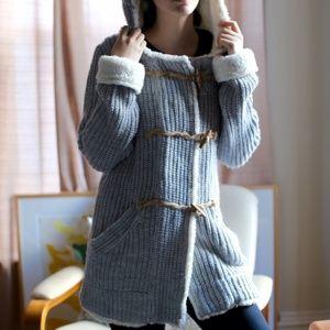 Zara Knit Sz M Chunky gray knit sherpa cardigan